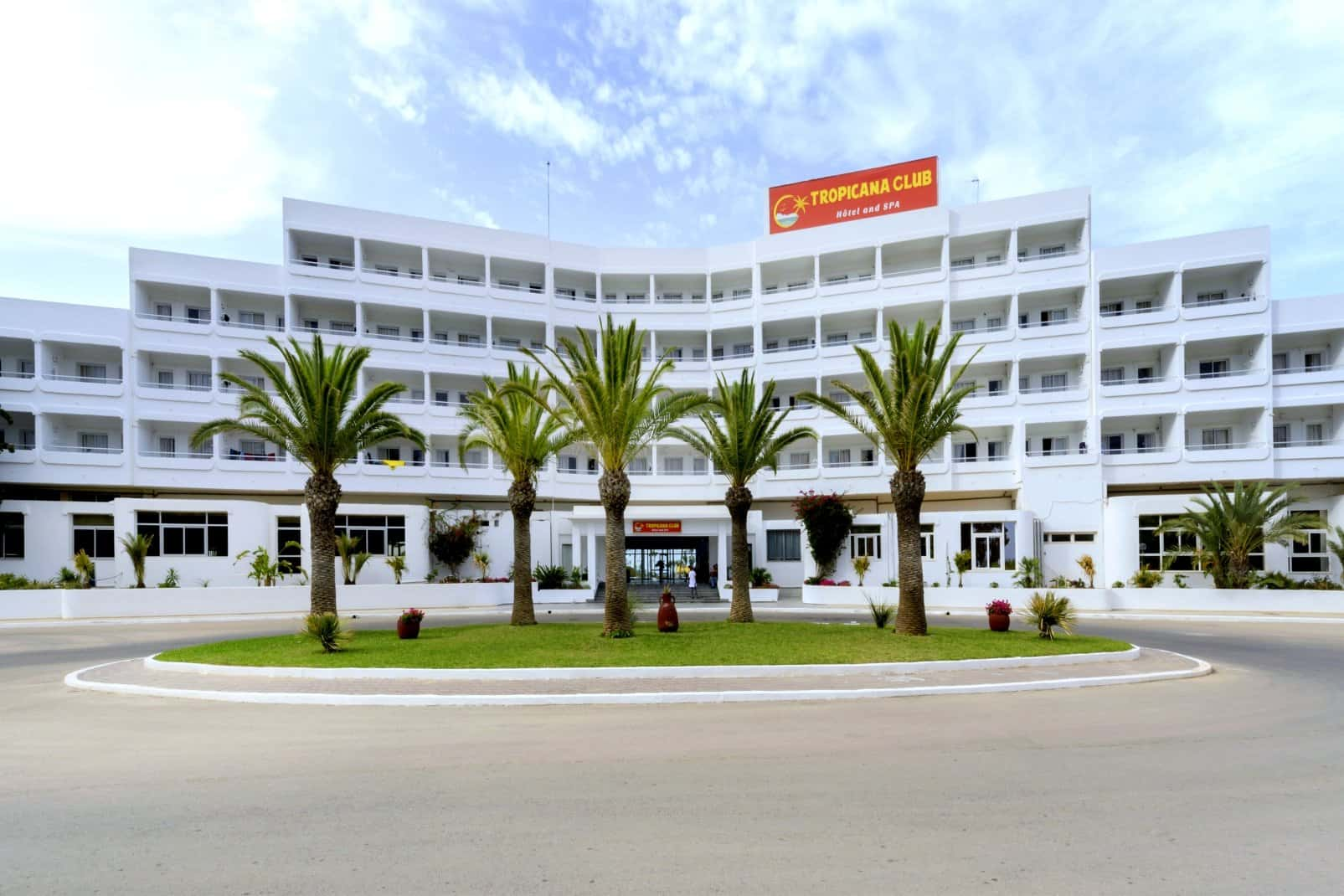 Tropicana Club & Spa